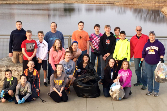 WDM Christian Church Cleanup-Spring 2016