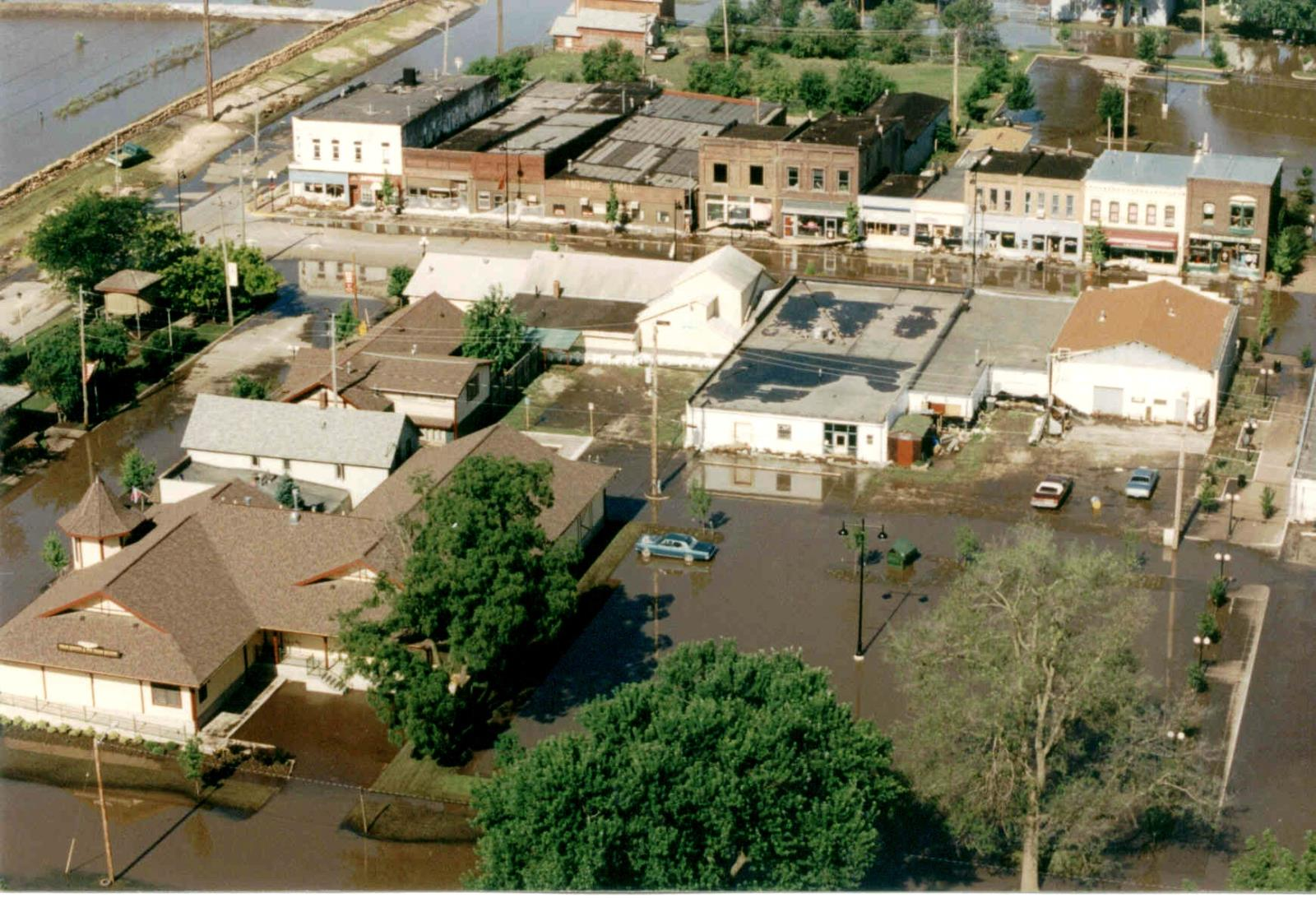 1993_Flood_5th & Railroad Aerial1993