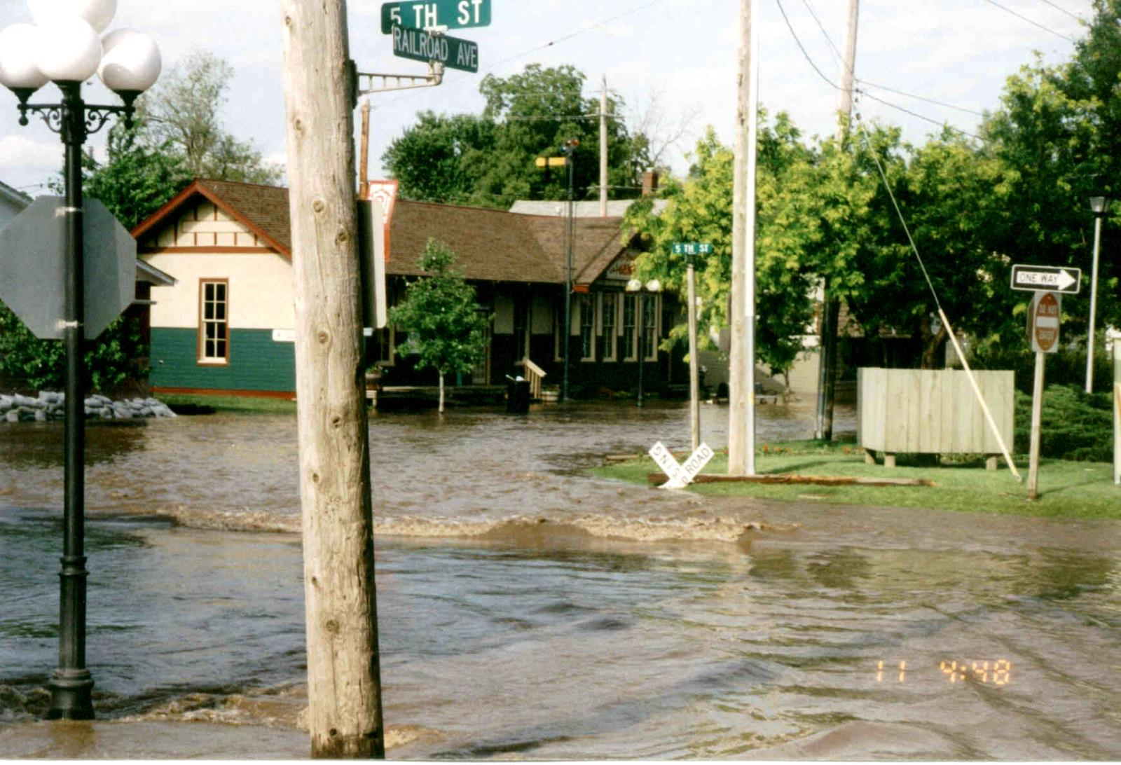 1993_Flood_5th&RRAve